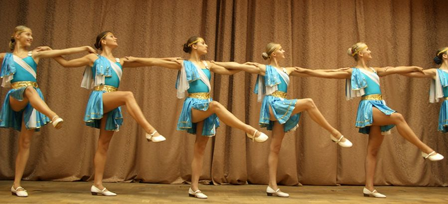 http://ogonekdance.narod.ru/cimg0599sir.jpg